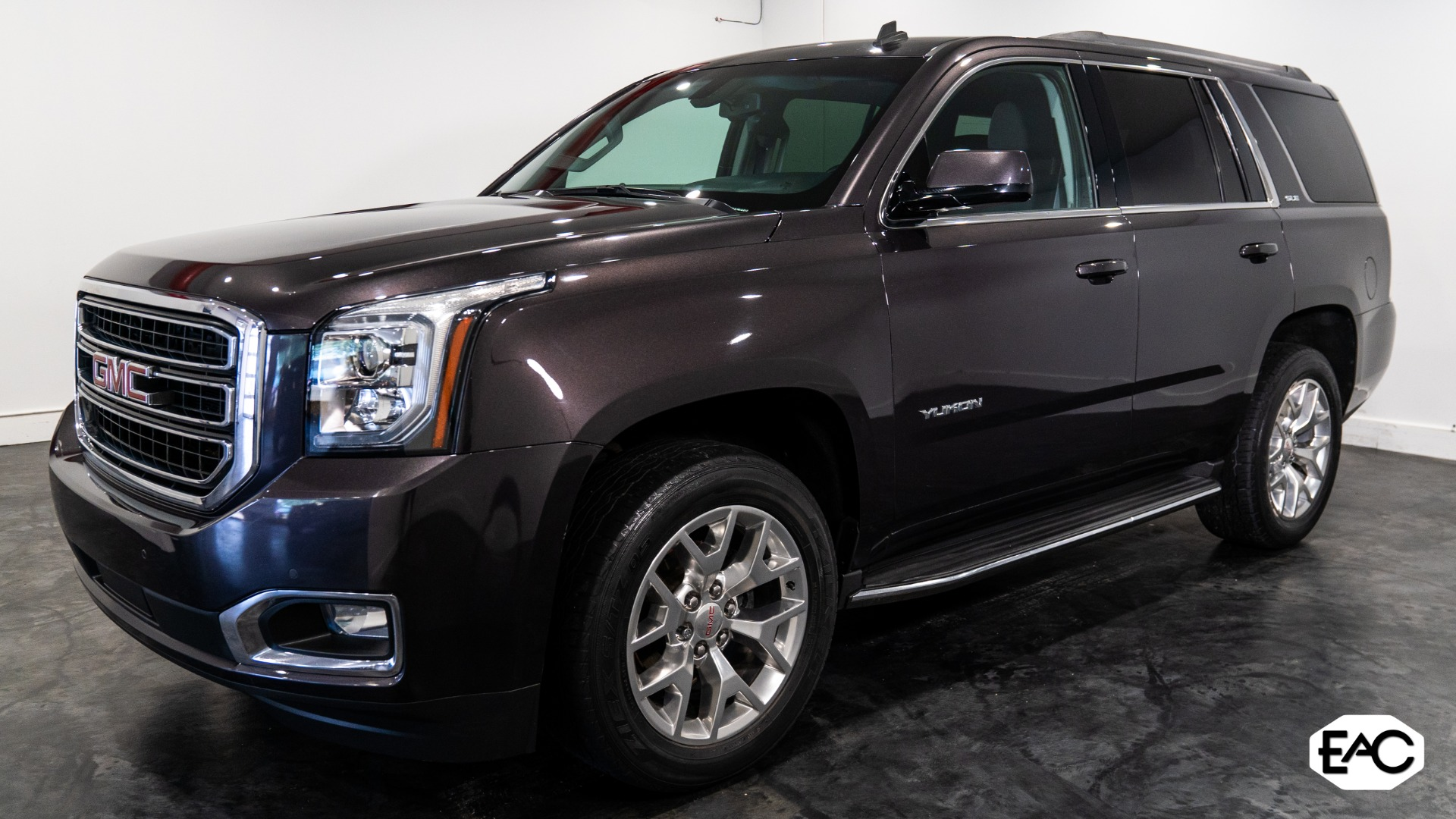 Used 2015 GMC Yukon SLE for sale Sold at Empire Auto Collection in Warren MI 48091 1