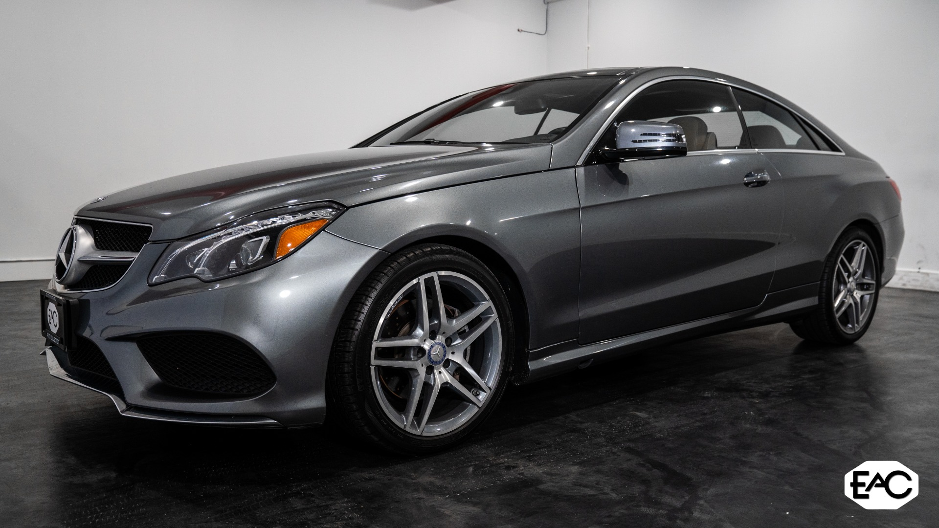 Used 2017 Mercedes-Benz E-Class E 400 4MATIC for sale $28,490 at Empire Auto Collection in Warren MI 48091 1