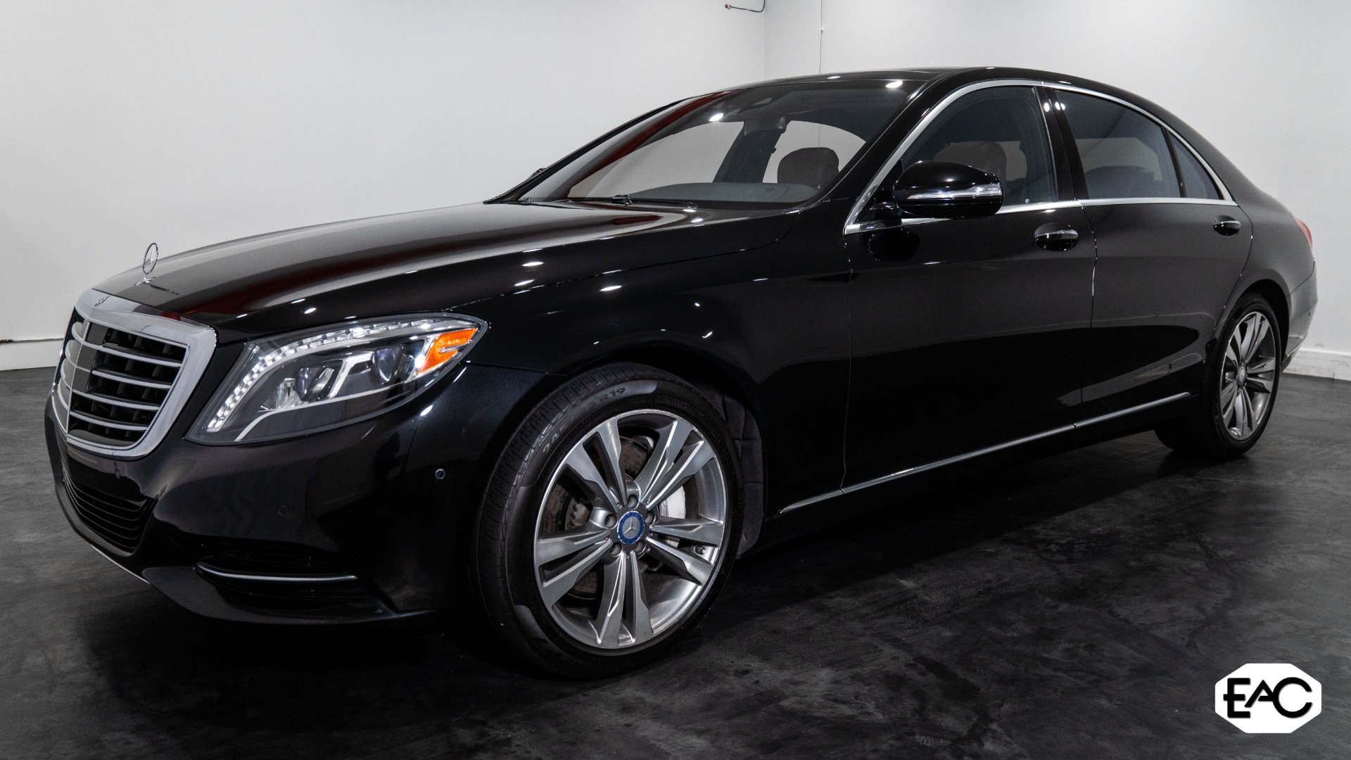 Used 2017 Mercedes-Benz S-Class S 550 4MATIC for sale $53,490 at Empire Auto Collection in Warren MI 48091 1