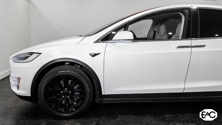 Used 2018 Tesla Model X 100D for sale Sold at Empire Auto Collection in Warren MI 48091 2