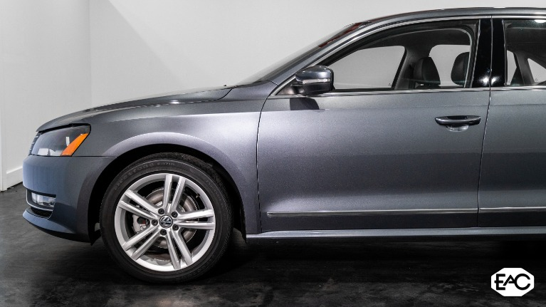 Used 2014 Volkswagen Passat 2.0L TDI SE for sale Sold at Empire Auto Collection in Warren MI 48091 2