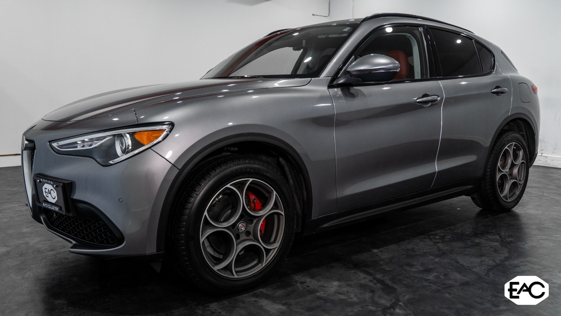 Used 2018 Alfa Romeo Stelvio Sport for sale Sold at Empire Auto Collection in Warren MI 48091 1