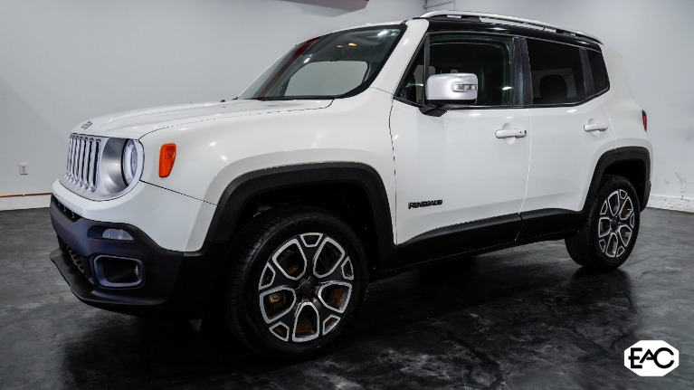 Used 2015 Jeep Renegade Limited for sale $12,990 at Empire Auto Collection in Warren MI