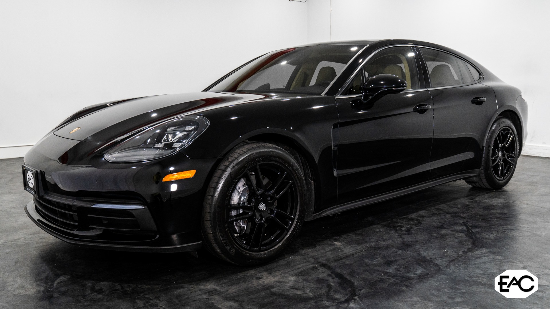 Used 2017 Porsche Panamera 4 for sale $65,990 at Empire Auto Collection in Warren MI 48091 1