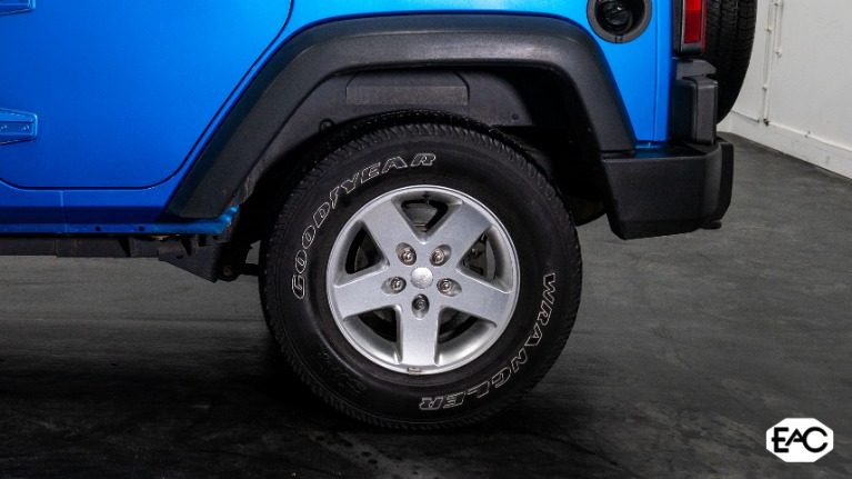 Used 2015 Jeep Wrangler Unlimited Sport for sale $26,990 at Empire Auto Collection in Warren MI 48091 4