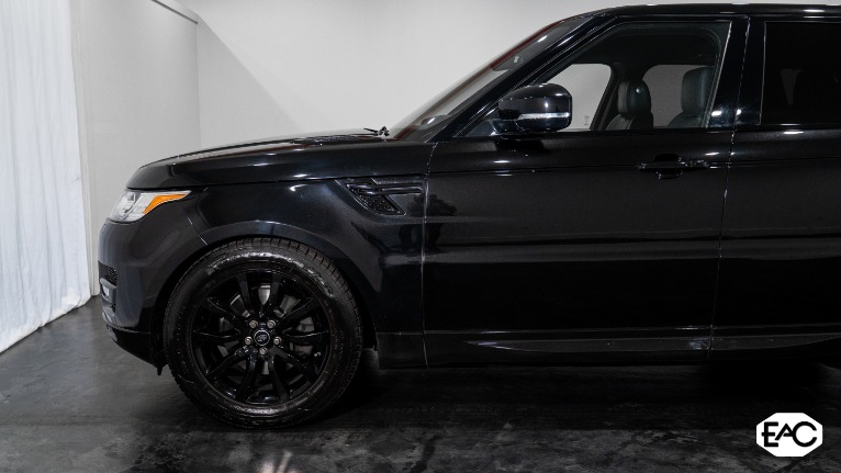 Used 2017 Land Rover Range Rover Sport HSE for sale Sold at Empire Auto Collection in Warren MI 48091 2