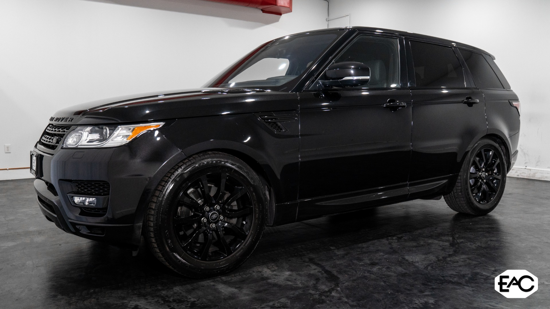 Used 2017 Land Rover Range Rover Sport HSE for sale Sold at Empire Auto Collection in Warren MI 48091 1