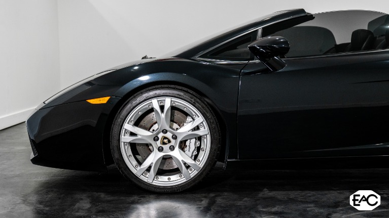 Used 2008 Lamborghini Gallardo Spyder for sale Sold at Empire Auto Collection in Warren MI 48091 3