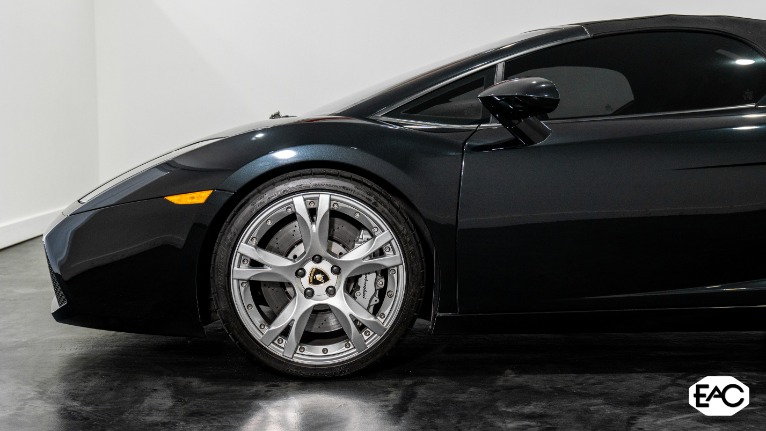 Used 2008 Lamborghini Gallardo Spyder for sale Sold at Empire Auto Collection in Warren MI 48091 4