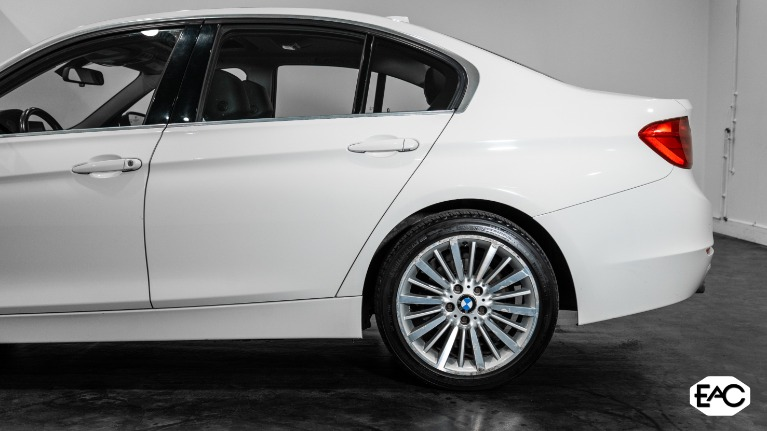 Used 2013 BMW 3 Series 328i xDrive for sale $11,490 at Empire Auto Collection in Warren MI 48091 3