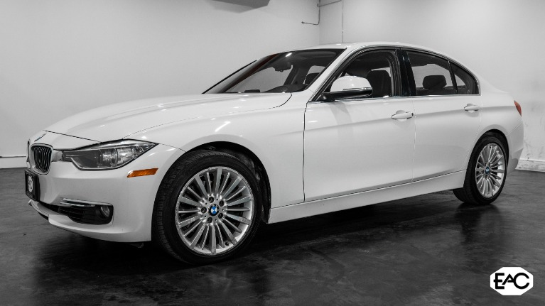 Used 2013 BMW 3 Series 328i xDrive for sale $11,490 at Empire Auto Collection in Warren MI 48091 1