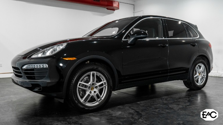 Used 2014 Porsche Cayenne Tiptronic for sale Sold at Empire Auto Collection in Warren MI 48091 1
