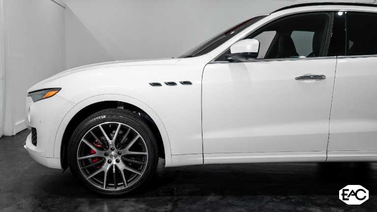 Used 2017 Maserati Levante AWD for sale Sold at Empire Auto Collection in Warren MI 48091 2