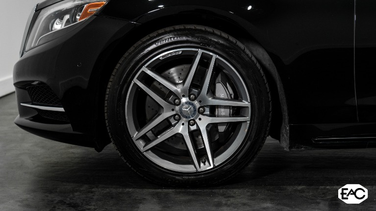 Used 2015 Mercedes-Benz S-Class S 550 4MATIC for sale $40,990 at Empire Auto Collection in Warren MI 48091 3
