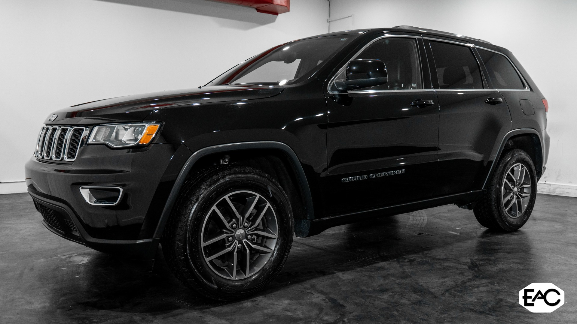 Used 2018 Jeep Grand Cherokee Laredo E for sale Sold at Empire Auto Collection in Warren MI 48091 1