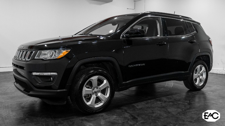 Used 2018 Jeep Compass Latitude for sale Sold at Empire Auto Collection in Warren MI 48091 1