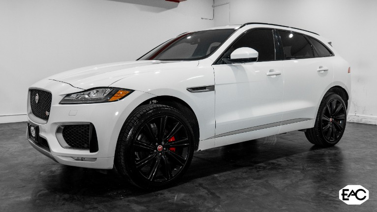 Used 2017 Jaguar F-PACE S for sale Sold at Empire Auto Collection in Warren MI 48091 1