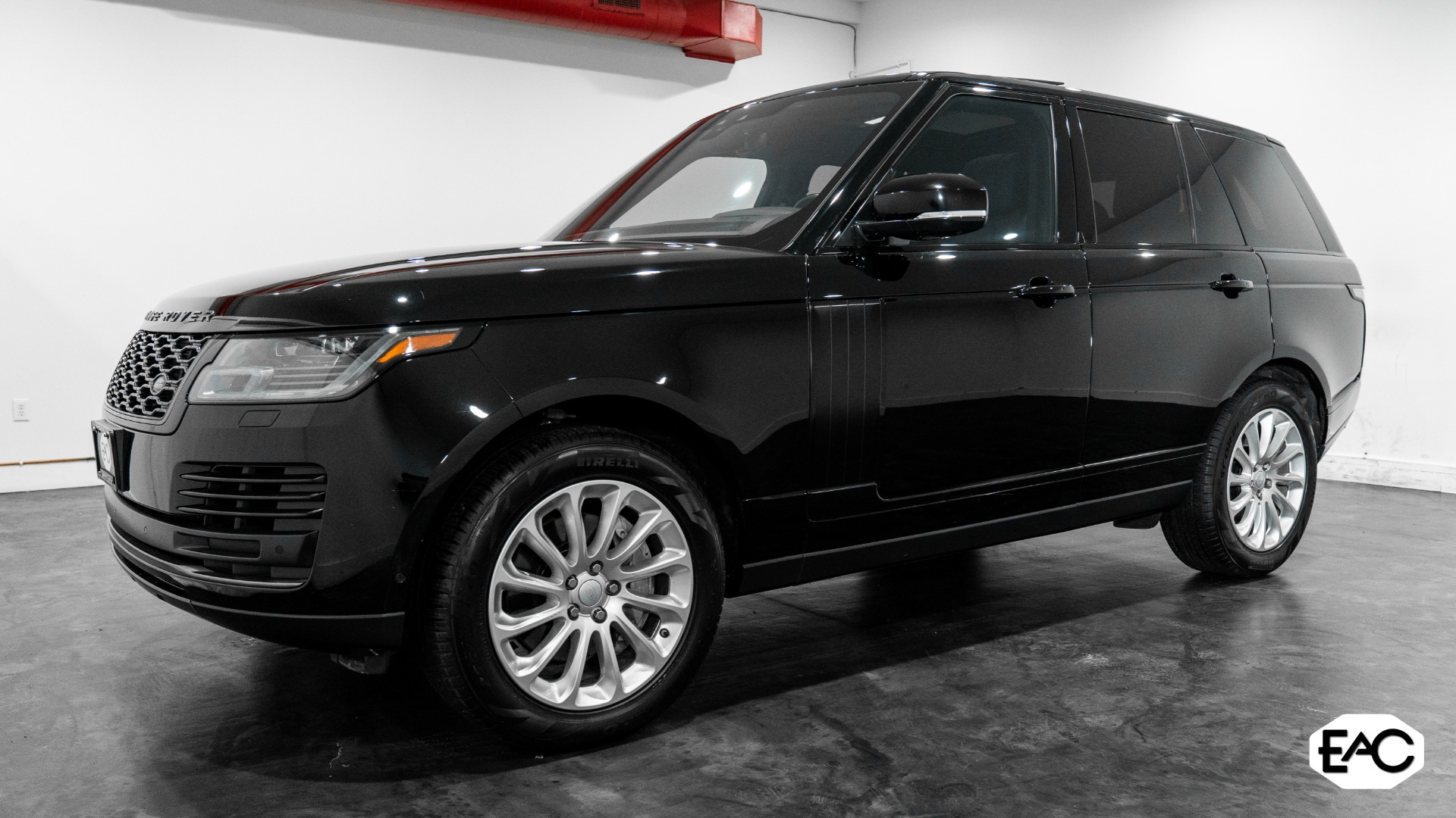 Used 2018 Land Rover Range Rover V6 for sale $71,990 at Empire Auto Collection in Warren MI 48091 1