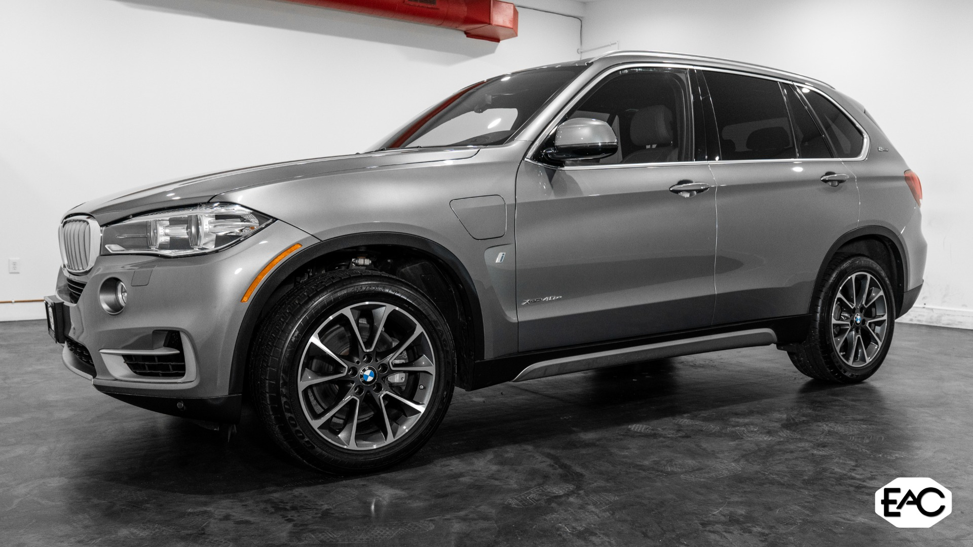 Used 2017 BMW X5 xDrive40e iPerformance for sale $33,490 at Empire Auto Collection in Warren MI 48091 1