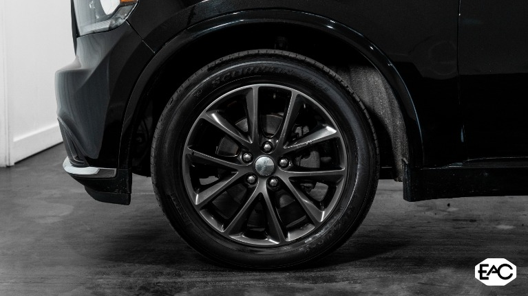 Used 2018 Dodge Durango GT for sale $22,990 at Empire Auto Collection in Warren MI 48091 3
