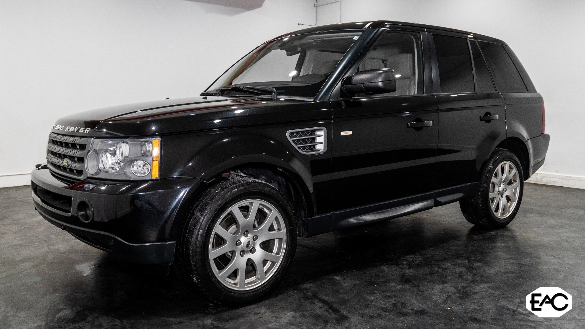 Used 2009 Land Rover Range Rover Sport HSE for sale Sold at Empire Auto Collection in Warren MI 48091 1