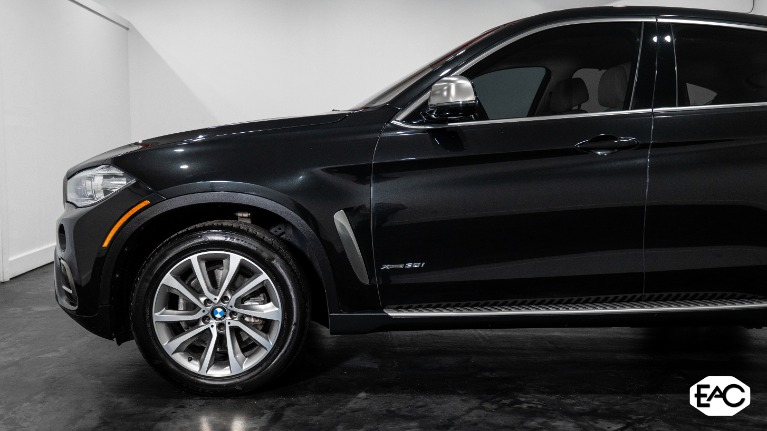 Used 2015 BMW X6 xDrive35i for sale Sold at Empire Auto Collection in Warren MI 48091 2