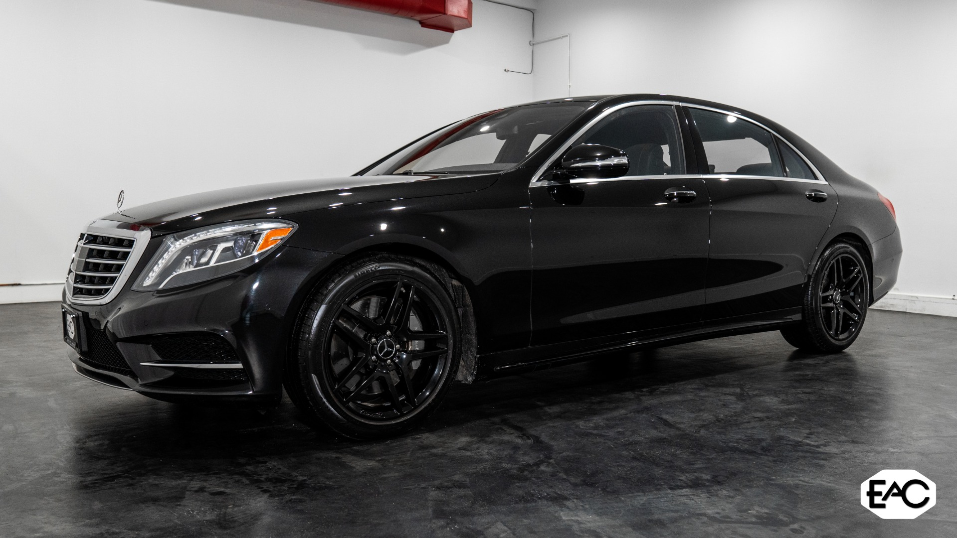 Used 2015 Mercedes-Benz S-Class S 550 4MATIC for sale $43,890 at Empire Auto Collection in Warren MI 48091 1