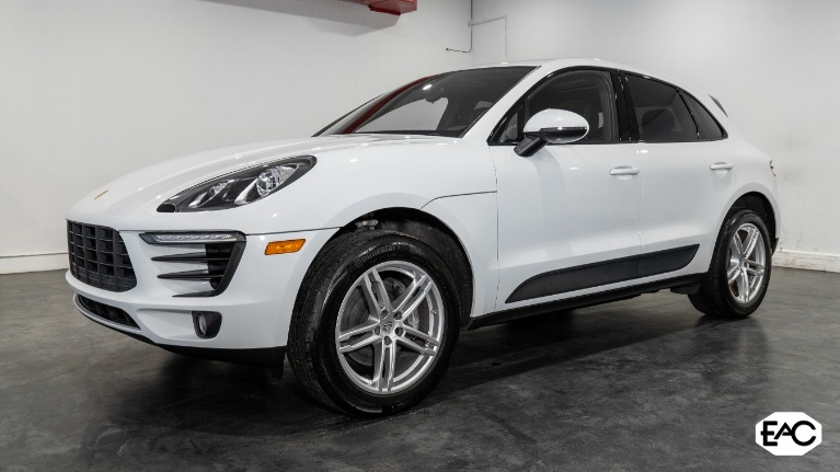 Used 2018 Porsche Macan for sale $39,990 at Empire Auto Collection in Warren MI