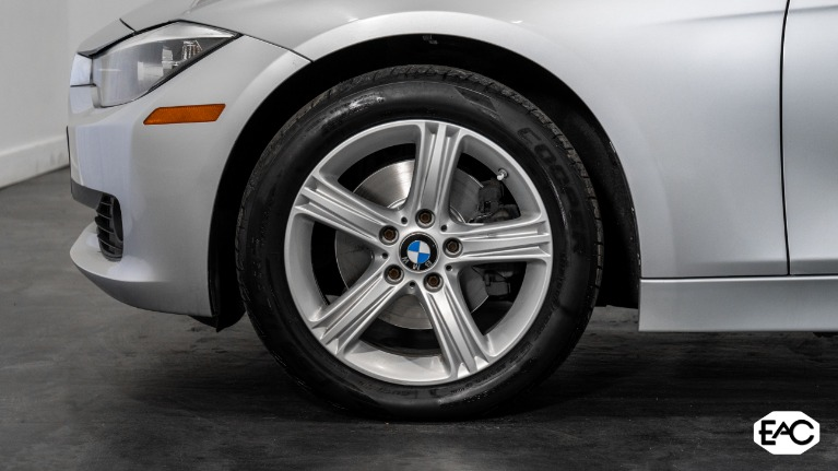 Used 2013 BMW 3 Series 328i xDrive for sale Sold at Empire Auto Collection in Warren MI 48091 3