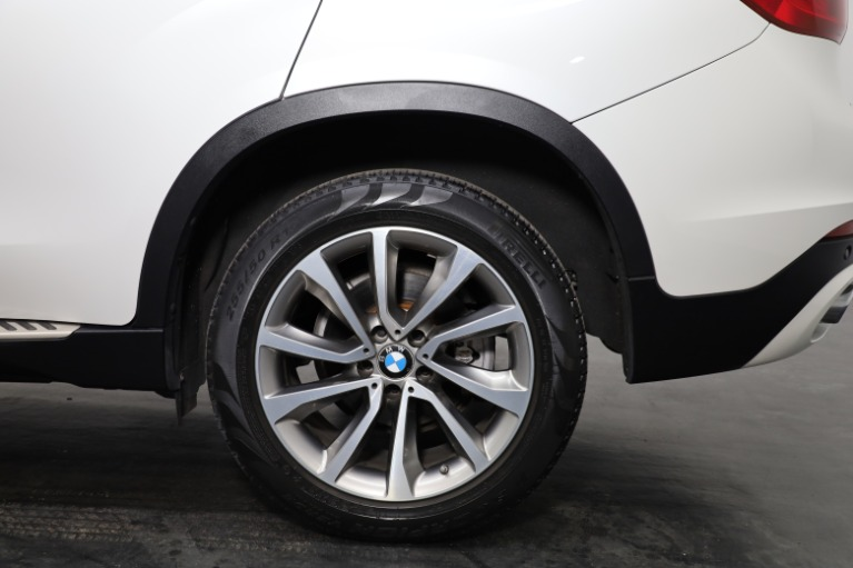 Used 2017 BMW X6 xDrive35i for sale Sold at Empire Auto Collection in Warren MI 48091 4