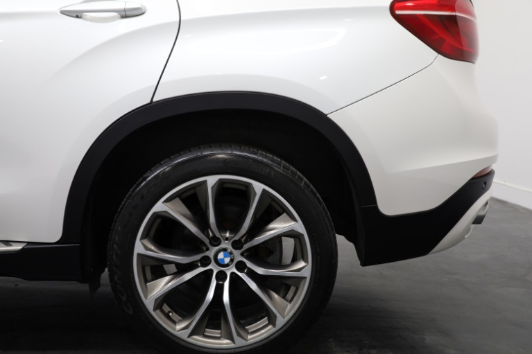 Used 2015 BMW X6 xDrive35i for sale Sold at Empire Auto Collection in Warren MI 48091 4