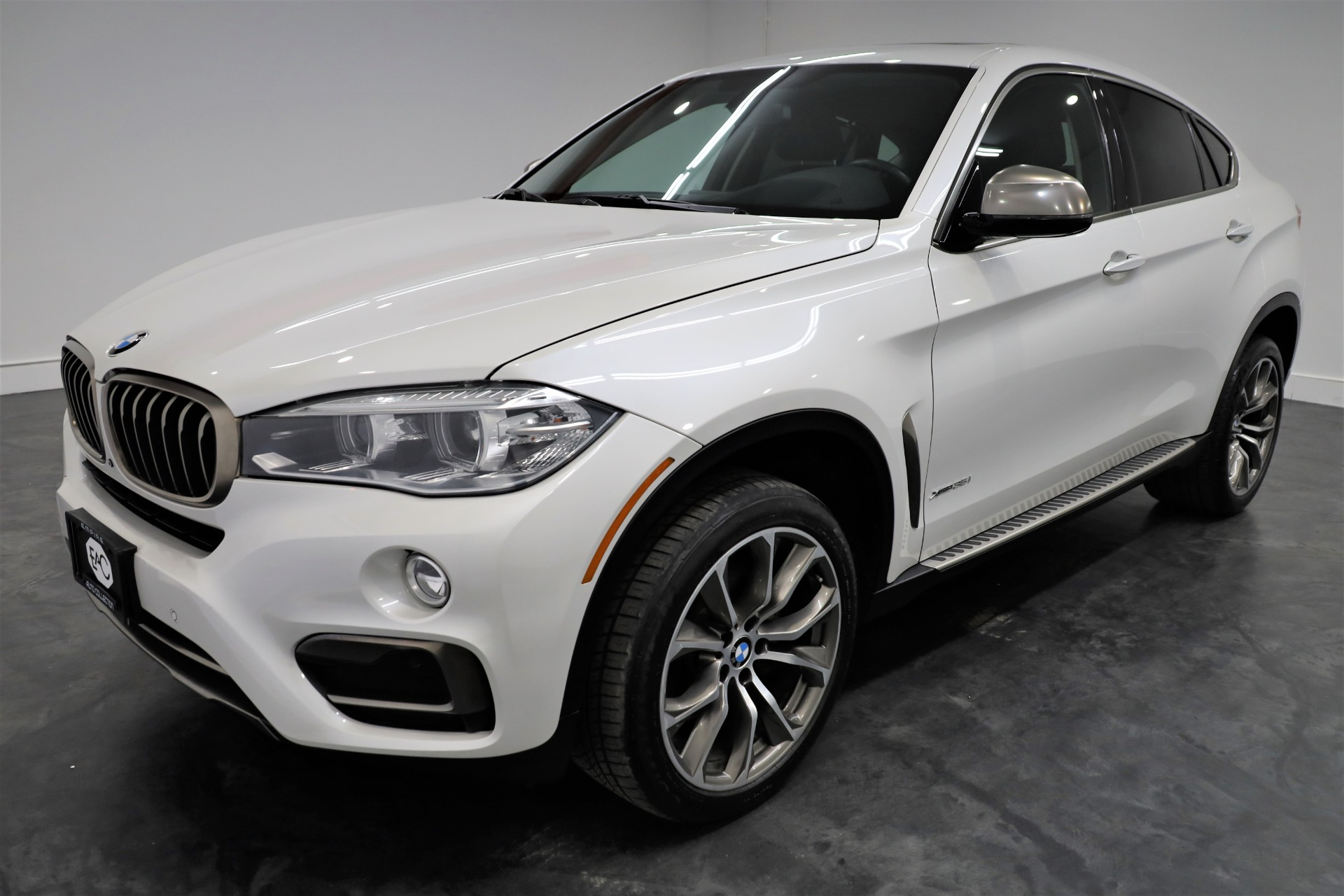 Used 2015 BMW X6 xDrive35i for sale Sold at Empire Auto Collection in Warren MI 48091 1