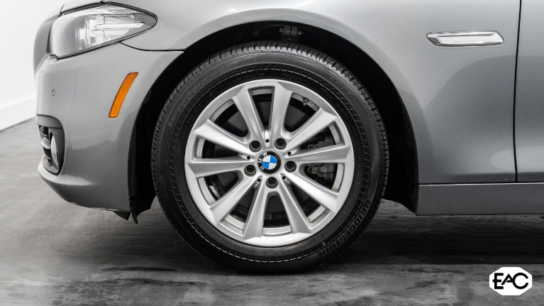Used 2015 BMW 5 Series 528i xDrive for sale Sold at Empire Auto Collection in Warren MI 48091 3