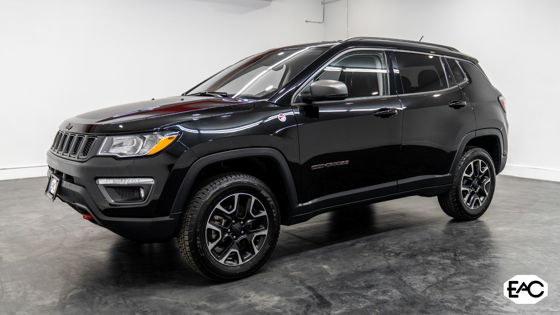 Used 2020 Jeep Compass Trailhawk for sale Sold at Empire Auto Collection in Warren MI 48091 1