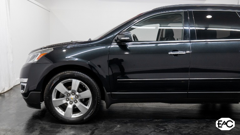 Used 2014 Chevrolet Traverse LTZ for sale $16,990 at Empire Auto Collection in Warren MI 48091 2