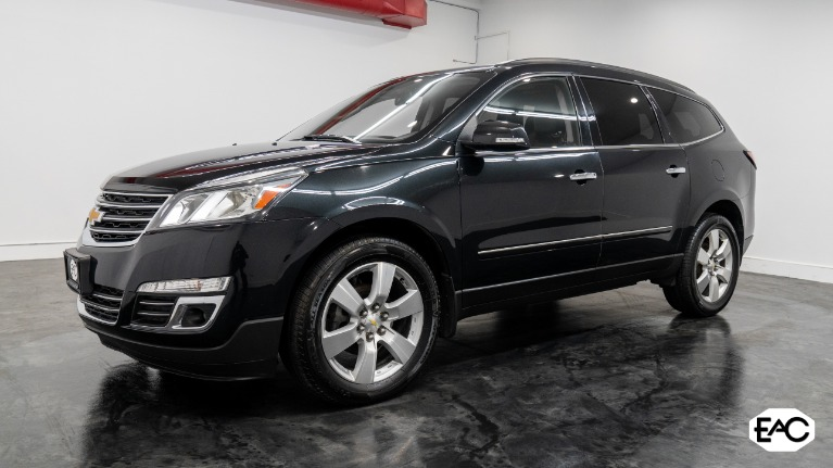 Used 2014 Chevrolet Traverse LTZ for sale $16,990 at Empire Auto Collection in Warren MI