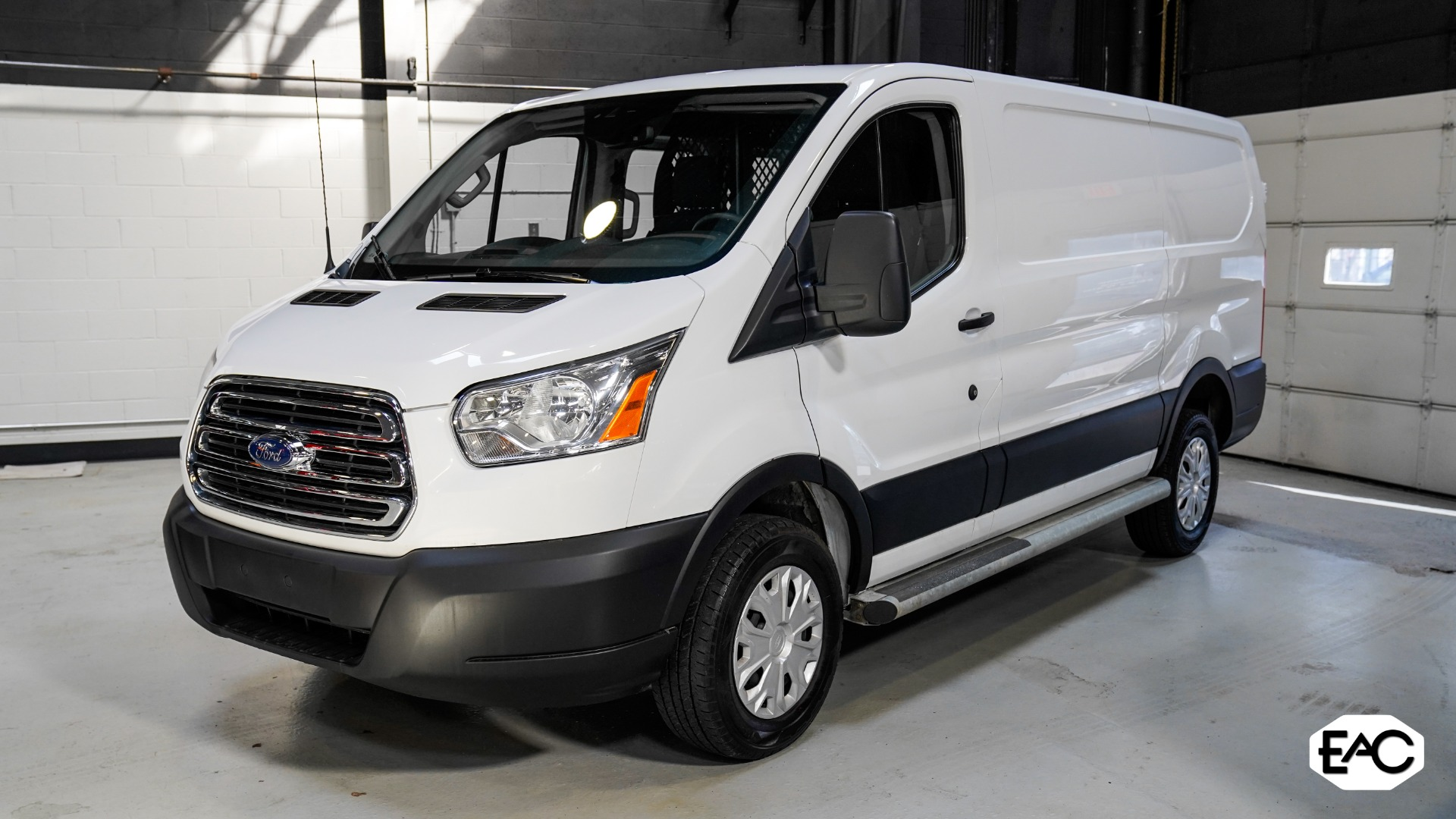 Used 2019 Ford Transit Cargo 250 for sale Sold at Empire Auto Collection in Warren MI 48091 1