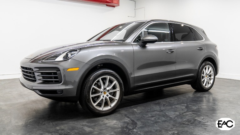 Used 2020 Porsche Cayenne for sale $64,990 at Empire Auto Collection in Warren MI