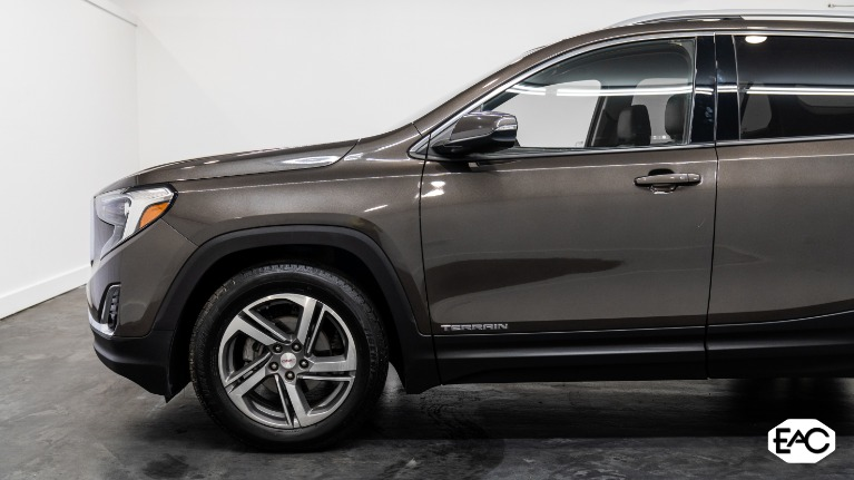 Used 2020 GMC Terrain SLT for sale Sold at Empire Auto Collection in Warren MI 48091 2
