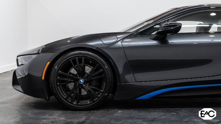 Used 2015 BMW i8 for sale Sold at Empire Auto Collection in Warren MI 48091 2