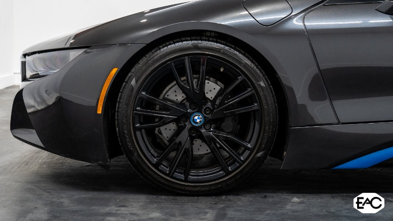 Used 2015 BMW i8 for sale Sold at Empire Auto Collection in Warren MI 48091 3