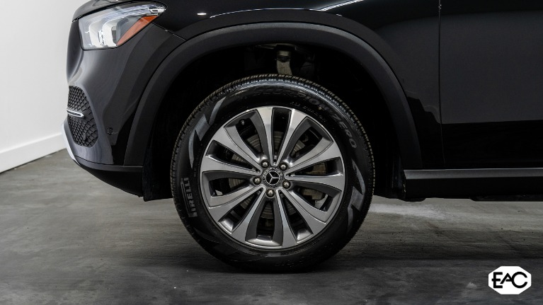 Used 2020 Mercedes-Benz GLE GLE 350 4MATIC for sale Sold at Empire Auto Collection in Warren MI 48091 3