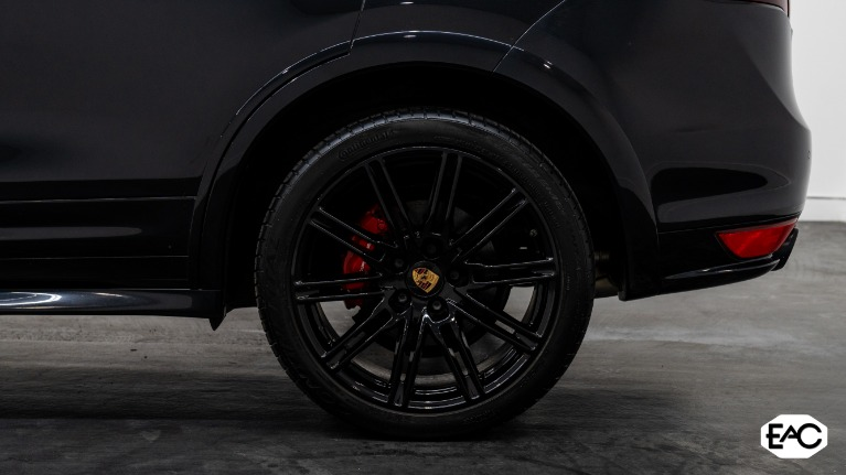 Used 2013 Porsche Cayenne GTS GTS for sale Sold at Empire Auto Collection in Warren MI 48091 4