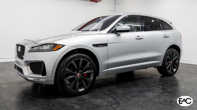 Used 2017 Jaguar F-PACE S FIRST EDITION for sale $44,490 at Empire Auto Collection in Warren MI