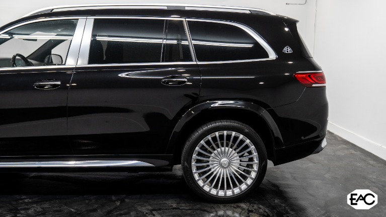 Used 2021 Mercedes-Benz GLS Mercedes-Maybach GLS 600 4MATIC for sale $289,990 at Empire Auto Collection in Warren MI 48091 4