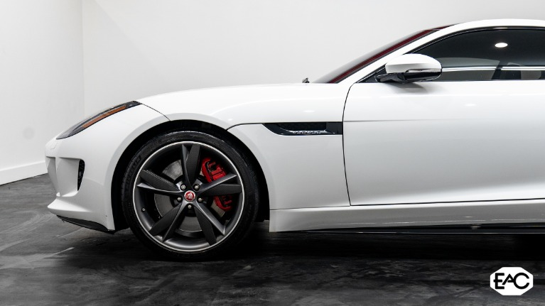 Used 2017 Jaguar F-TYPE R for sale $57,490 at Empire Auto Collection in Warren MI 48091 2