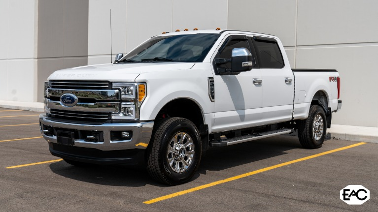 Used 2017 Ford F-250 Super Duty Lariat for sale $53,990 at Empire Auto Collection in Warren MI 48091 1
