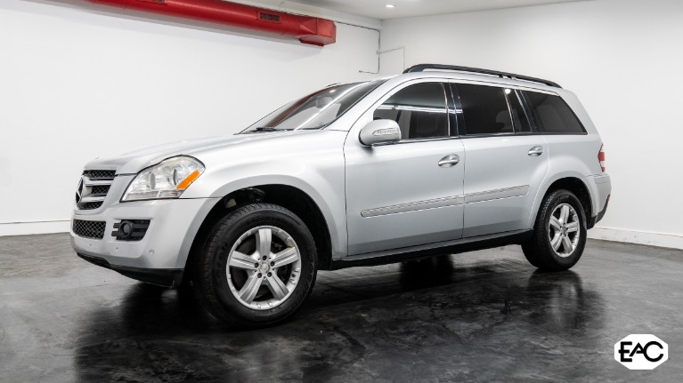 Used 2008 Mercedes-Benz GL-Class GL 450 4MATIC for sale $9,990 at Empire Auto Collection in Warren MI