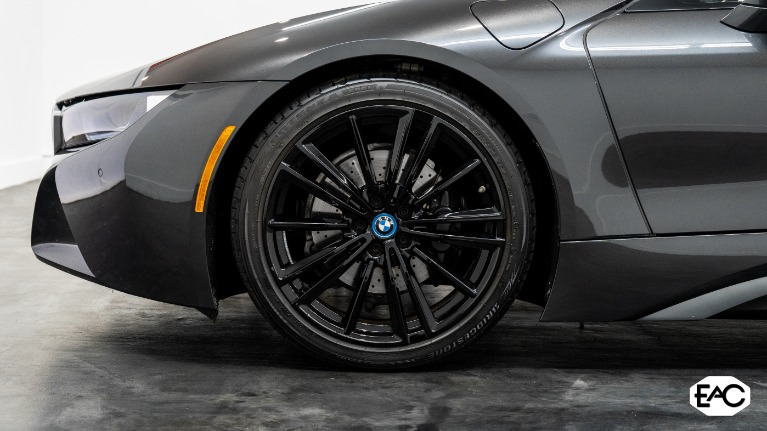 Used 2019 BMW i8 for sale $119,990 at Empire Auto Collection in Warren MI 48091 3
