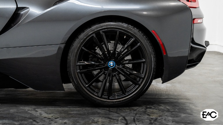 Used 2019 BMW i8 for sale $119,990 at Empire Auto Collection in Warren MI 48091 4